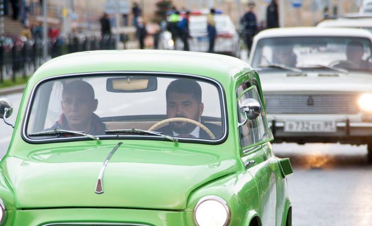 Сити-менеджер Салехарда пополнил парк автомобилей мотороллером сколяской