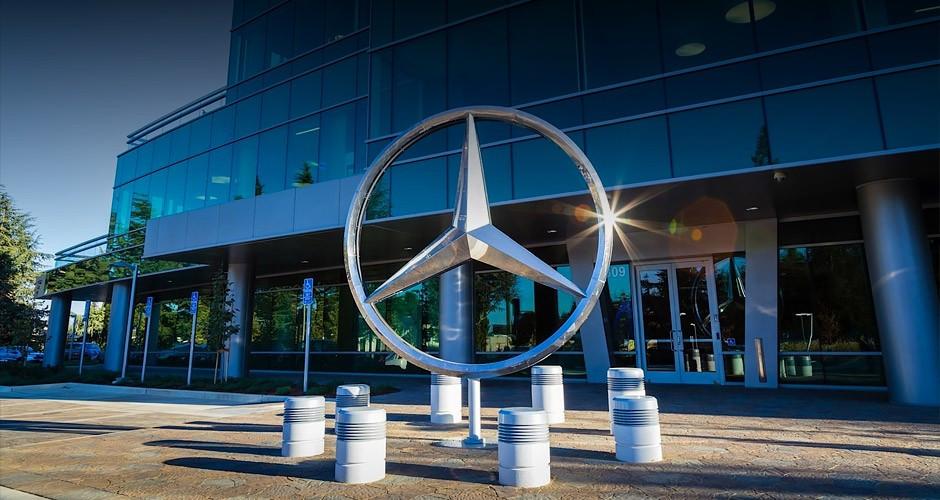 Mercedes потратит 500млневро наконкурента Гигафабрики