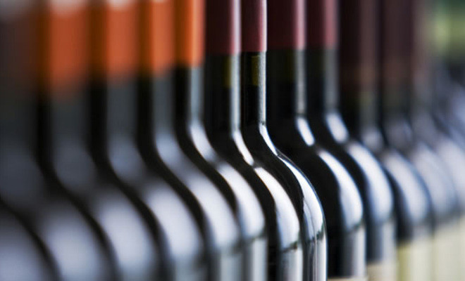 Импортеры вина начали увеличивать цены после отмены льготных акцизов