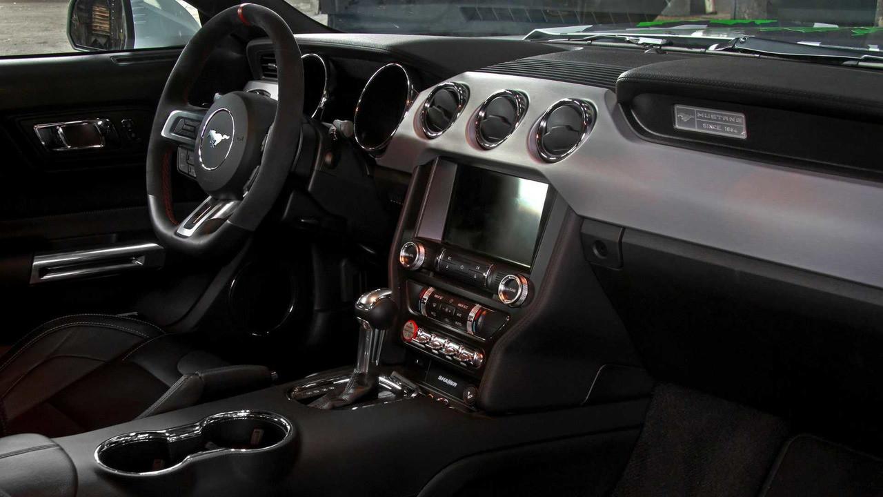 Форд Mustang стал самым продаваемым спорткаром вевропейских странах