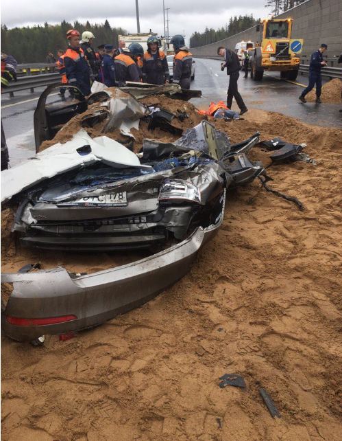 ВДТП вПетербурге под грудой песка умер мужчина