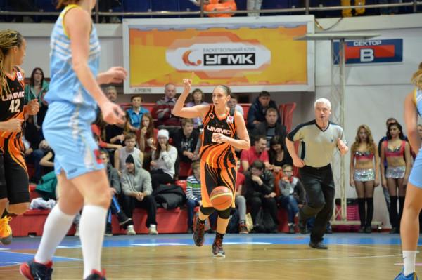 В Курске баскетболистки «УГМК» вырвали победу у местного «Динамо» и завоевали «золото» чемпионата