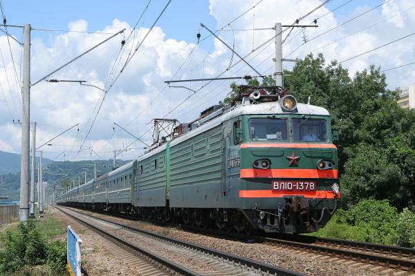 Под Петербургом задержались 2 поезда из Москвы из-за неисправности контактной сети