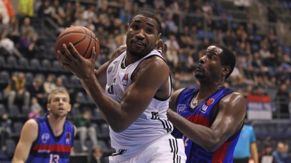 Из-за травмы центровой «Локомотива» Джонс пропустит серию с УНИКСом