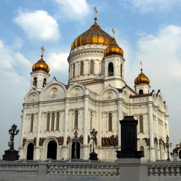 На Украине могут отказаться от церквей которые сотрудничают с Россией