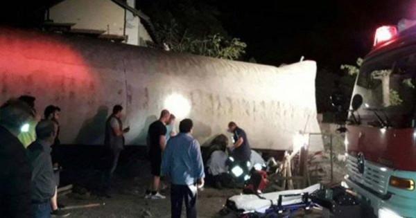 В результате крушения поезда в Салониках скончался один из пострадавших