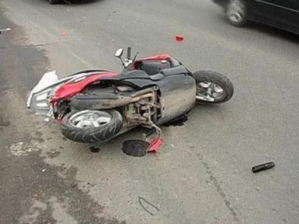 Пьяный водитель скутера на Ставрополье столкнулся с автомобилем