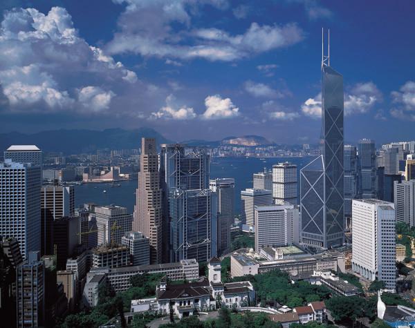 В Гонконге с молотка ушел самый дорогой участок земли в мире