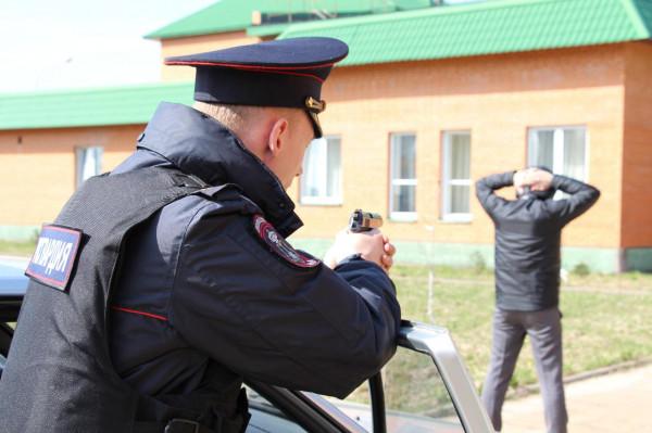 Мужчина пытался зарезать прихожанку храма в Подмосковье
