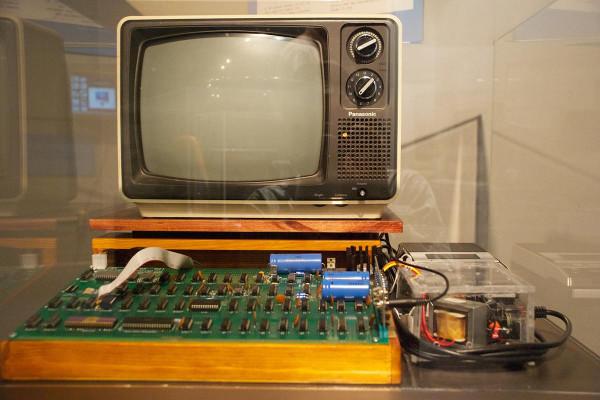 В Германии продадут на аукционе один из первых компьютеров Apple