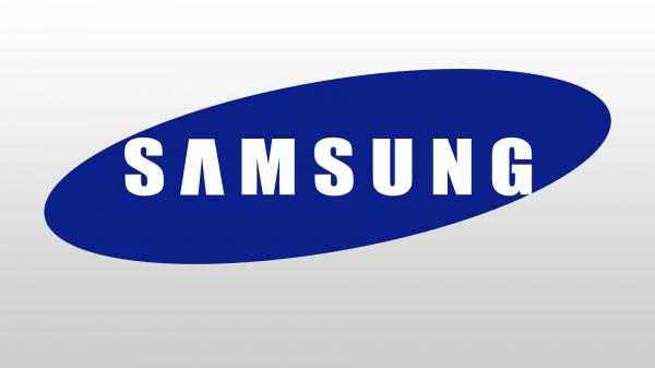 В Сети появились первые фотографии смартфона Samsung Galaxy C10 с двойной камерой