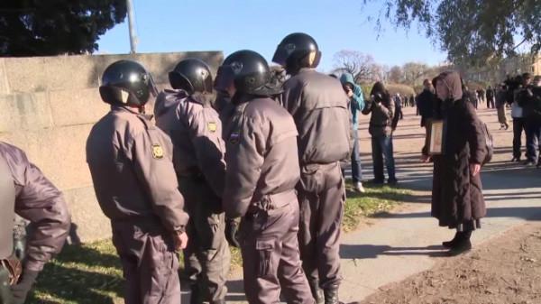 В Петербурге на Крестовском острове проводятся антитеррористические учения