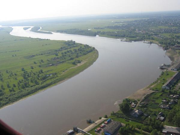 В Омской области из-за превышения уровня воды в реке подтоплены 10 домов