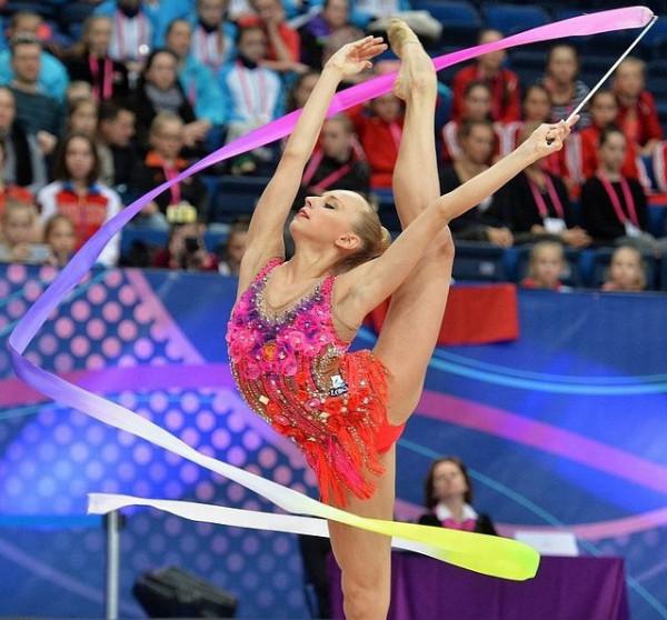 Россиянки завоевали золото на ЧЕ по художественной гимнастике