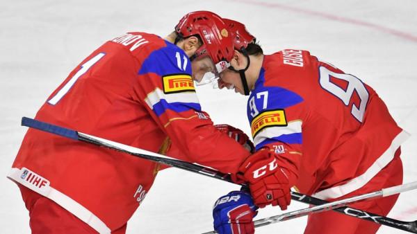 Хоккеисты сборной РФ поблагодарили своих болельщиков за поддержку
