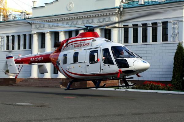 Травмированного в ДТП на МКАД младенца в клинику доставил вертолёт