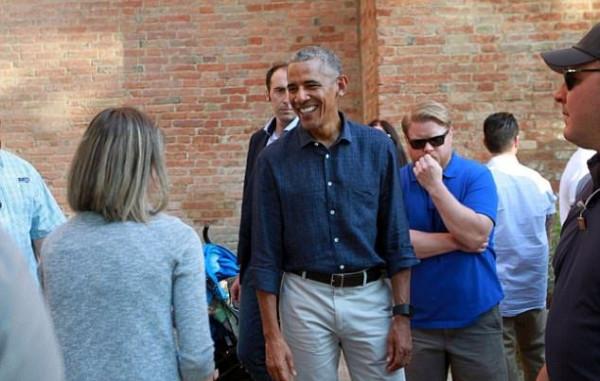 Папарацци сфотографировали Барака Обаму во время отдыха в Италии