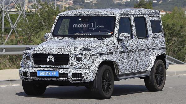 Обновленный Mercedes-Benz G-Class «засветился» на свежих шпионских фото