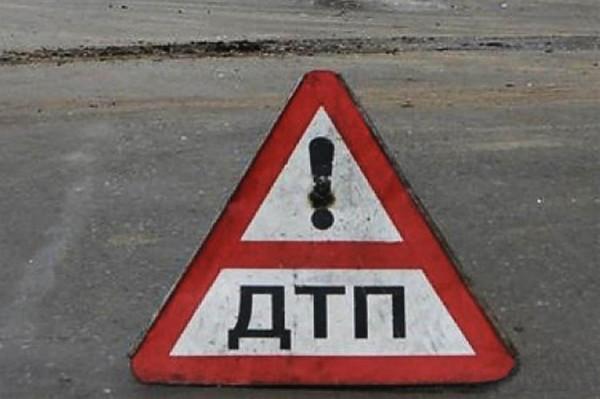 На Ставрополье автоледи перевернулась на иномарке