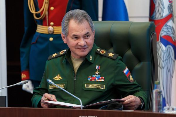 Шойгу об угрозе США из космоса: Россия «не спит»