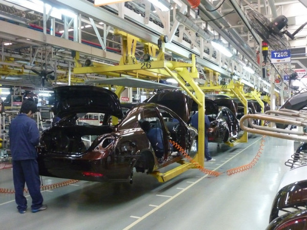 Апрельское автопроизводство в Великобритании упало на 18,2%