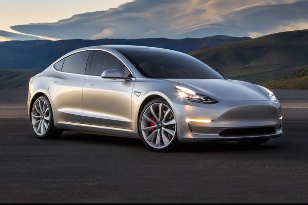 Tesla Model 3 получит до 100 разных комплектаций
