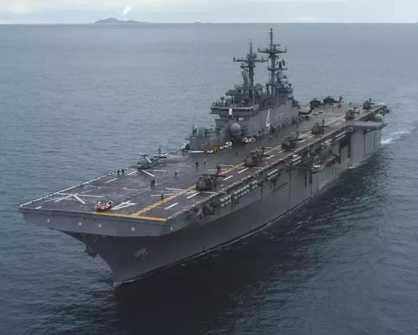 В Минобороны РФ пообещали поставить ВМФ первый вертолетоносец к 2022 году