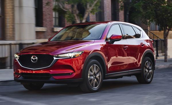 Названы российские цены на новый кроссовер Mazda CX-5