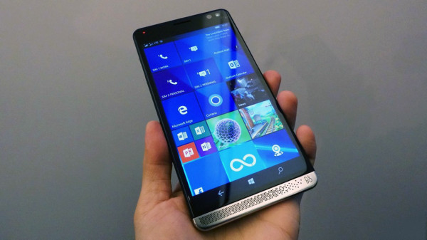 В Сети появились кадры серебристого HP Elite x3 на Windows 10 Mobile