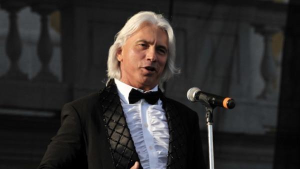 Астахов опроверг госпитализацию оперного певца Хворостовского
