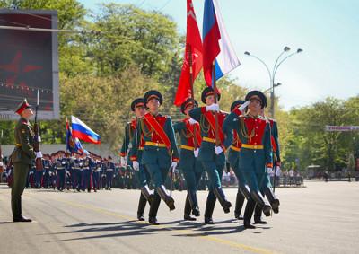 В Симферополе 9 мая состоится парад и выставка рабочей техники