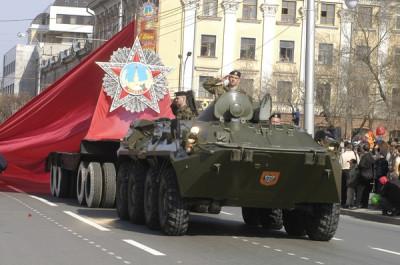 Тюменцы приглашены на выставку современной военной техники в честь Дня Победы