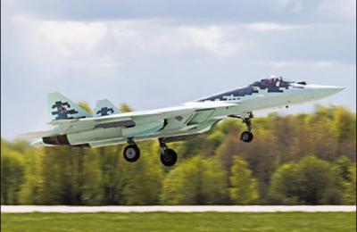 Новый российский истребитель Т-50 получил необычную расцветку
