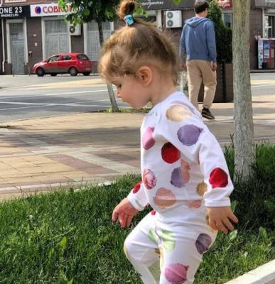 Ксения Бородина и Курбан Омаров больше не скрывают лицо дочери Теоны