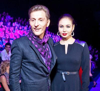 Павел Воля с Ляйсан Утяшевой «дико» сплясали в новом клипе Ёлки