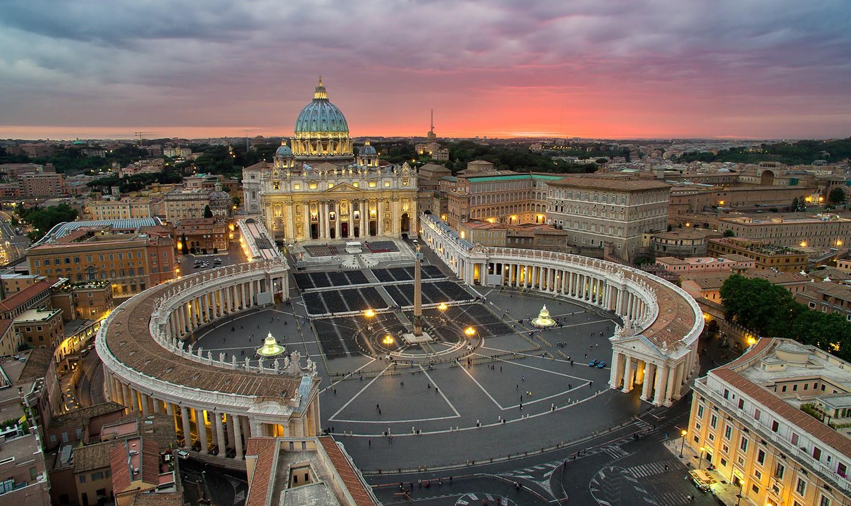 Близ Ватикана прогремел мощнейший взрыв