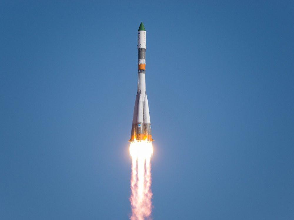 Ракета-носитель Ariane 5 удачно вывела наорбиту два спутника связи