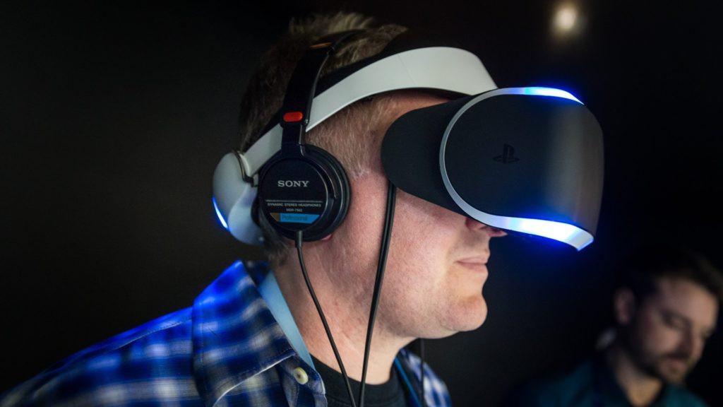 Самсунг  усовершенствовал технологию VR-дисплеев для шлемов виртуальной реальности