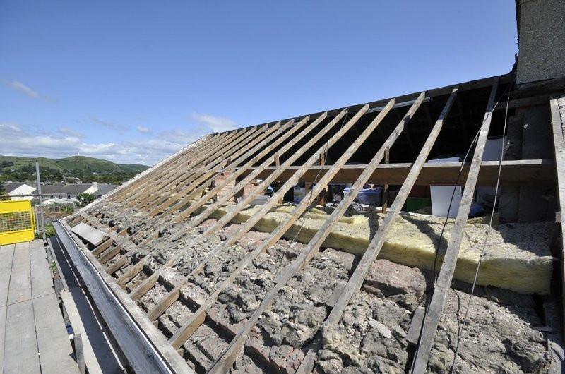 ВБашкирии сильный ветер сломал крышу детского сада