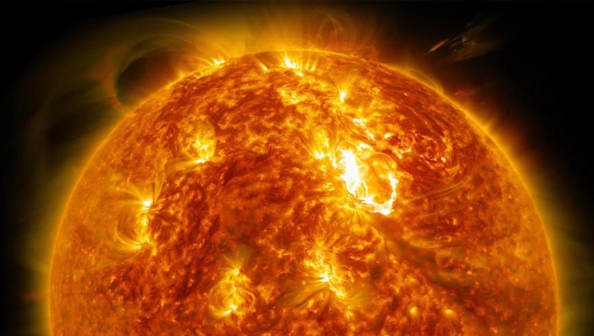 «Горячая штучка»: астрономы открыли гигантскую планету, жаркую, как Солнце