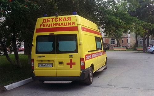 Вобластной детской клинике Челябинска появился новый реанимобиль
