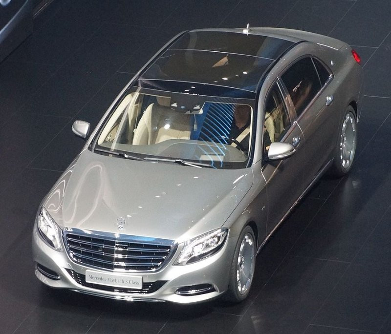 В РФ снова растут продажи машин класса люкс