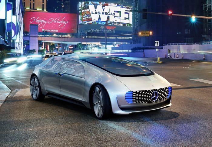 Автомобили Мерседес-Бенс вскором времени станут автономными