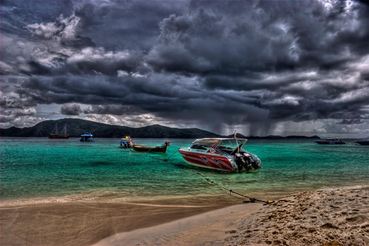 Синоптики Таиланда предупредили онаводнениях накурортах