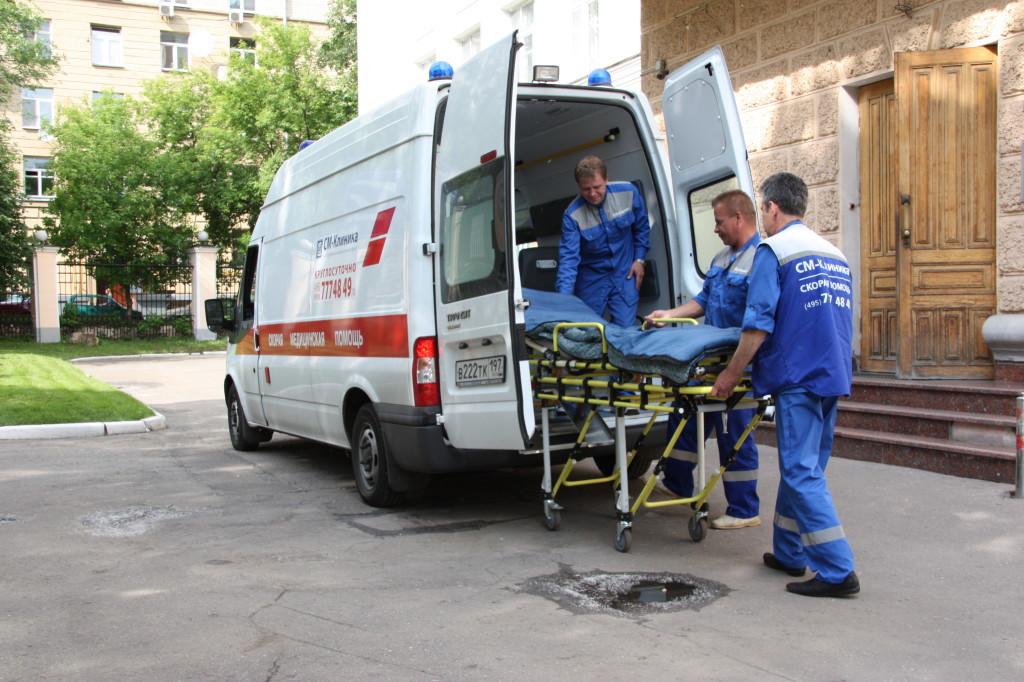 Жительница Бийска, провалившаяся вяму скипятком, скончалась в клинике
