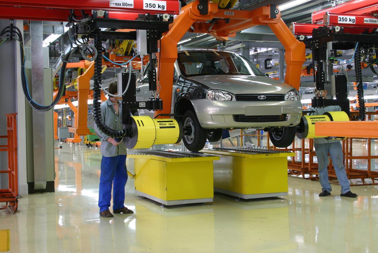 «АвтоВАЗ» увеличит заработную плату сотрудникам с1июля 2017г.