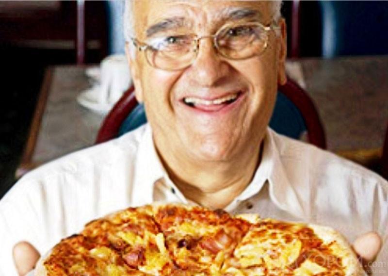 Автор гавайской пиццы скончался после празднования золотой свадьбы