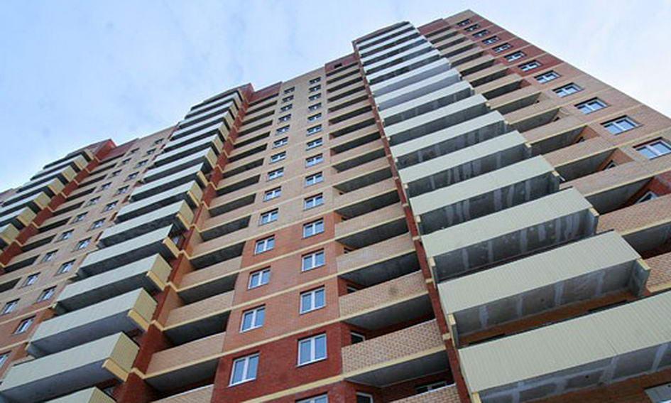 Кемеровчанин выжил после падения сшестого этажа