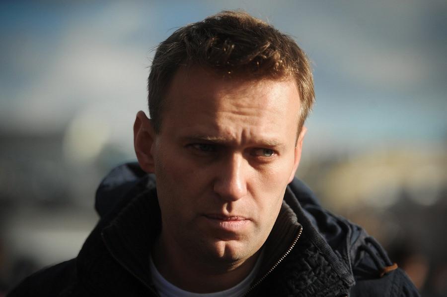 Алексея Навального задержали вподъезде собственного дома