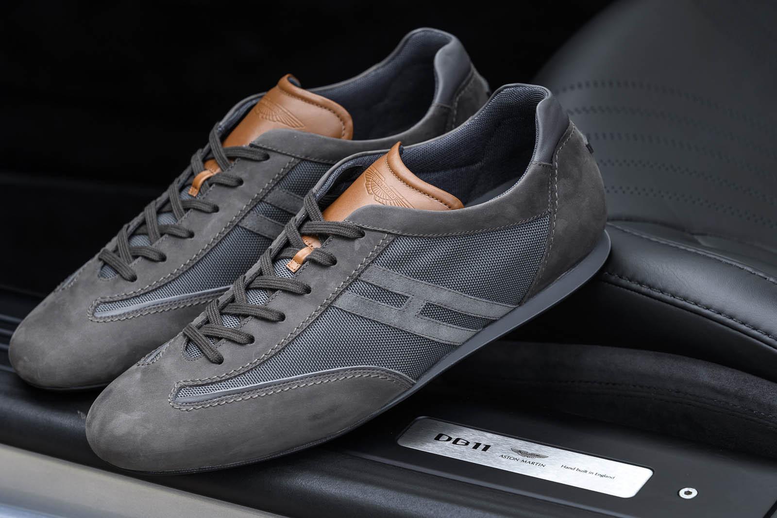 Астон Мартин презентовал коллекцию спортивной обуви